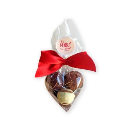 Kleines Schokoladenherz mit 3 Pralinen