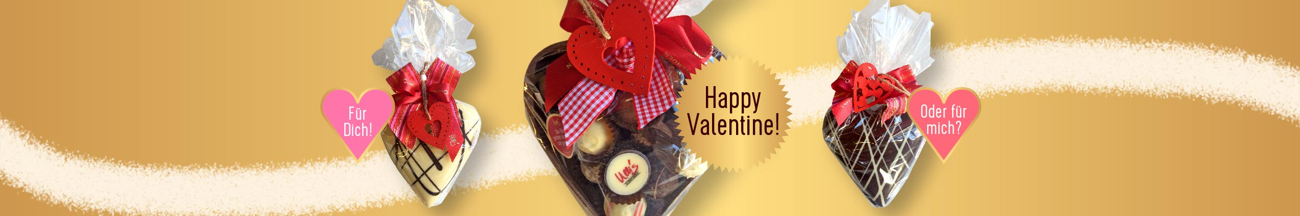 Schokoladenherzen zum Valentinstag, befüllt mit Pralinen